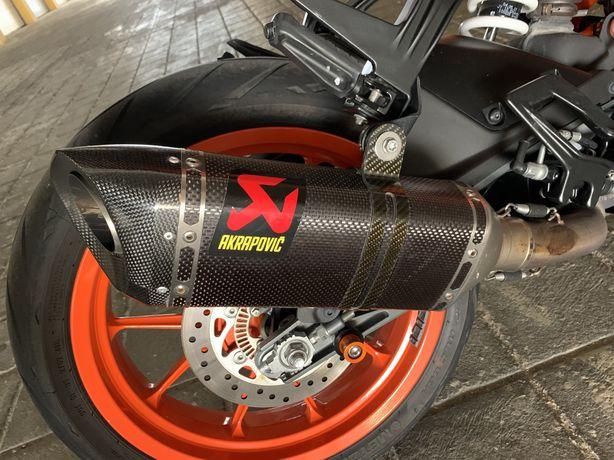 Escape Akrapovic para KTM Duke ou RC390