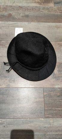 Sprzedam kapelusz Reserved