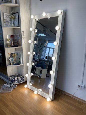 Напольное beauty зеркало / гримерное визажное зеркало