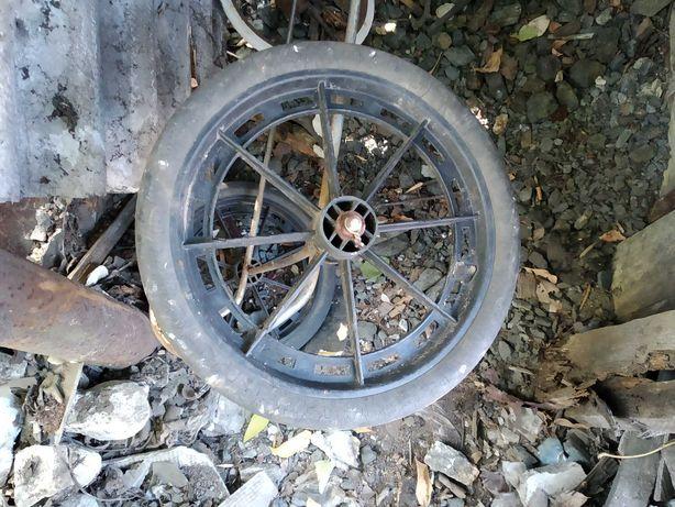 Продам колеса для тележки