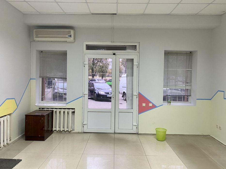 Сдам помещение офис магазин Правда Богдана Хмельницкого Подгородное - изображение 1