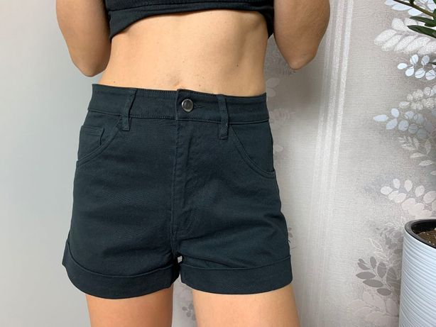 Женские черные ,джинсовые,короткие шорты H&M