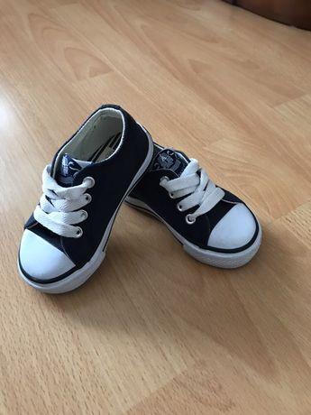 Продам дитяче взуття кеди Dunlop eur 20розмір 9,5см
