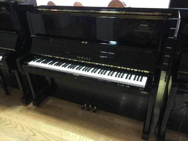 Piano Yamaha U1H usado, com garantia