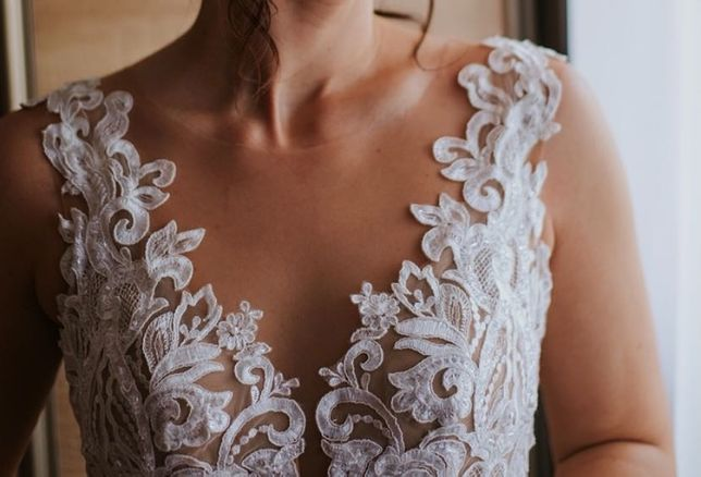 Suknia ślubna natasha z kolekcji Diana