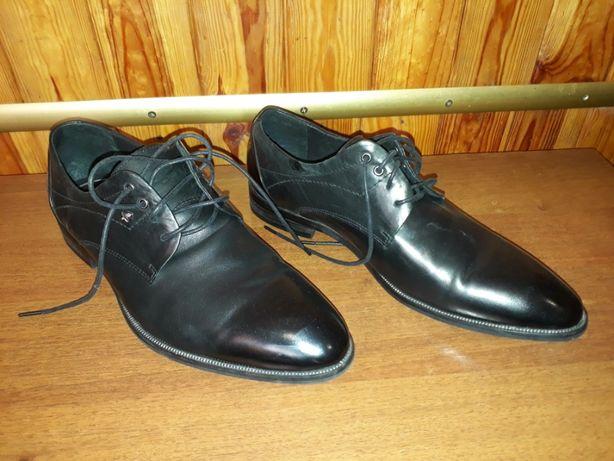 продам подростковую обувь, школьные кожаные туфли 39р