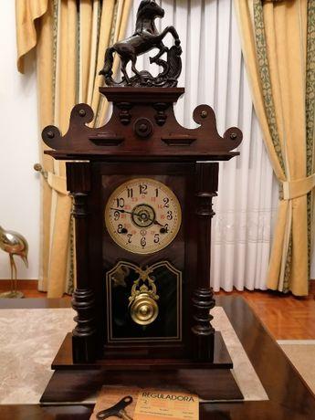 Relógio de mesa Reguladora Modelo Lamego