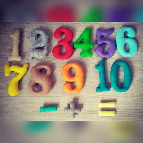 Цифри з фетру