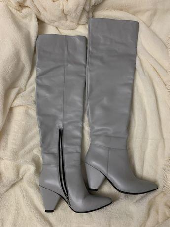 Ботфорты кожаные, 36 размер,шикарно смотрятся сапоги