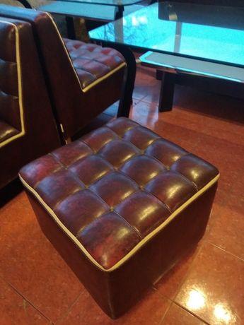 Мебель для Кафе и Ресторана Диваны /Пуфы/ Столы