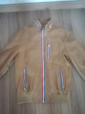 Sprzedam kurtkę skórzana dzieciecą
