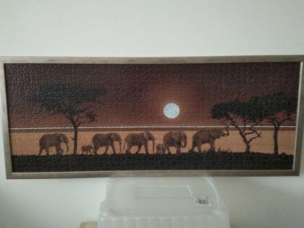 Obraz słonie puzzle w ramie