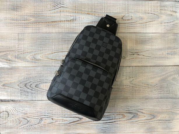 Мужской слинг нагрудная сумка Louis Vuitton Луи Витон