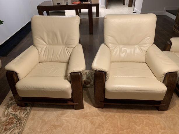 Fotele dębowe KLER w skórzanym obiciu