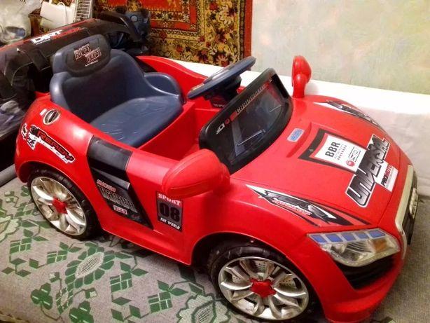 "Электромобиль детский Kids Cars ""Audi A011"""