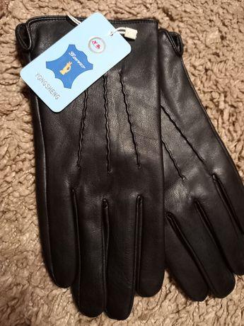 Мужские  кожанные  перчатки.