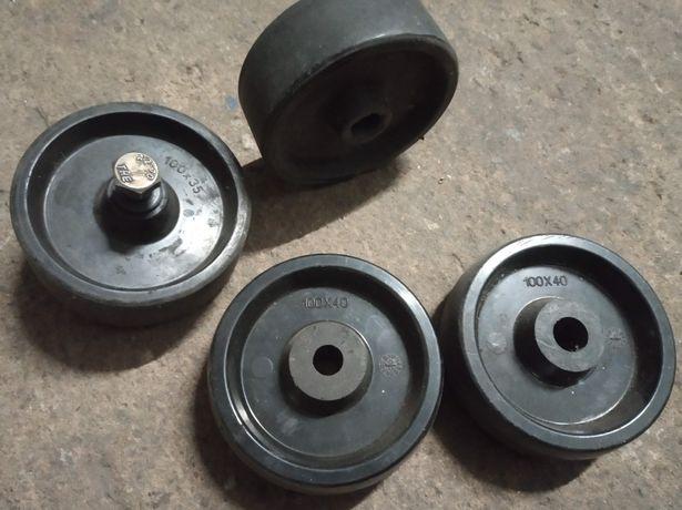 rodas de plástico, teflon, suportam muito peso, 2 pares de 2 medidas