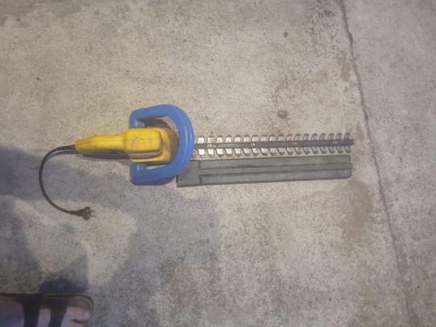 Nożyce do żywopłotu TOYA 420 W 510mm zepsute mechanicznie