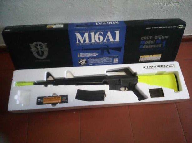 Airsoft MARUI Colt M16A1  AEG nova na caixa NOVO PREÇO 150 €