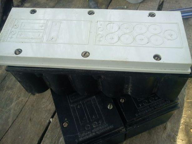 Холдер для резервного питания 12 в под батарейки 1.5в