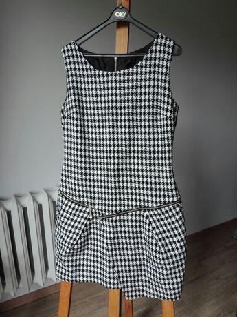 Tunika sukienka w czarno białą pepitkę Mohito roz.L