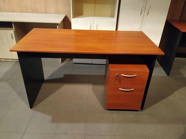 Стол офисный яблоня, тумбочка,шкаф.