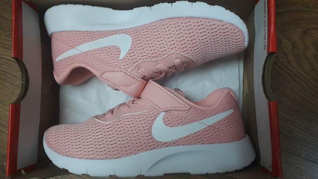 Buty Nike TANJUN z gwarancją 30 (19.5 cm)