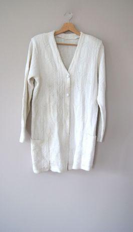 bialy sweterek rozpinany na guziki dlugi 50 48 XXXL kardigan narzutka