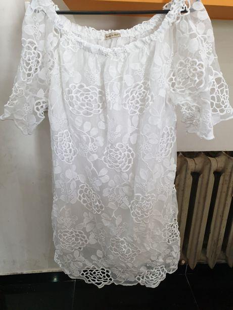 Nowa włoska sukienka r.L opuszczane ramiona koronka
