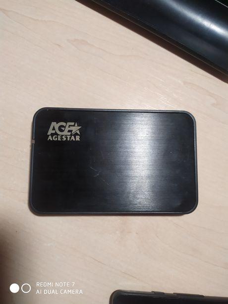 Продам внешний диск AgeStar+hdd toshiba 500gb. 2.5 sata
