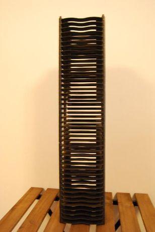 Torre de Arquivo Modular para CDs Auto-Montável