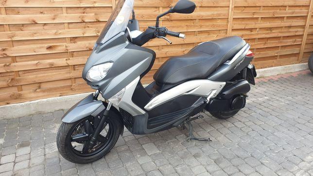 Yamaha X-max 250 Kat. B