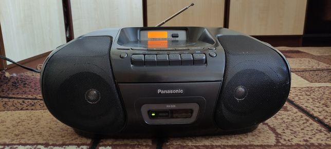Продаётся стереофоническая CD/кассетная магнитола Panasonic  RX - D29