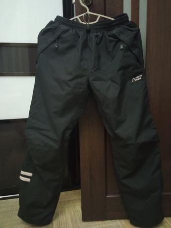 Плащевые спортивные штаны на мальчика подростка