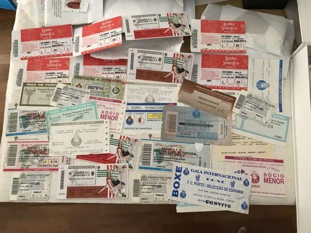 Lote 34 bilhetes futebol diversos antigos