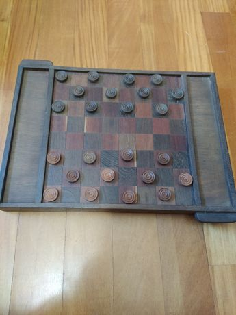 Tabuleiro xadrez em madeira