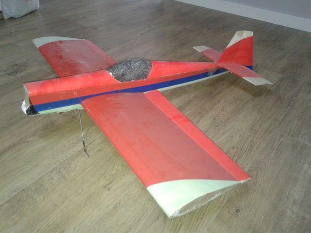 Model samolotu rc - rezerwacja