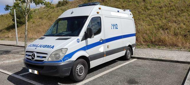 Ambulância Socorro / Cuidados Intensivos