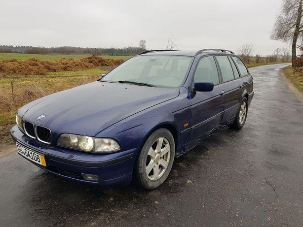 BMW E39 2.5 170km manual