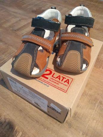 Sandałki, sandały, buty dziecięce Bartek