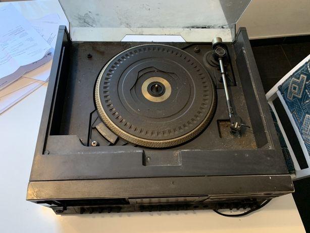 Gramofon, Magnetofon, Radio ''COMBO - DELTA 2