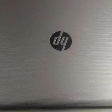 HP 15-af087nw A8-7410  ssd 240 gb R5 M330 2GB