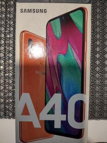 Samsung a40 w kolorze perlowym
