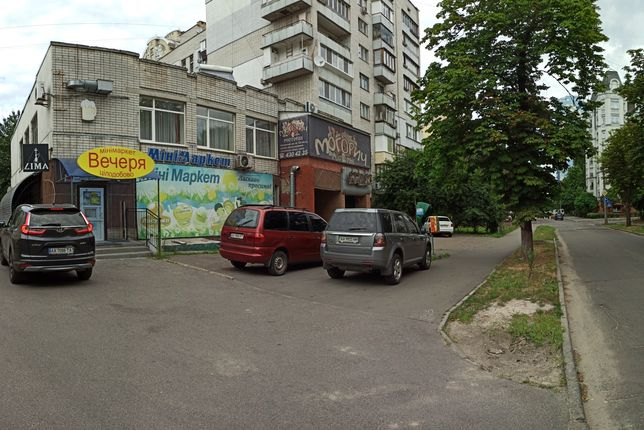 Мясо-Молоко-Салон(76м.кв) ул.Макеевская