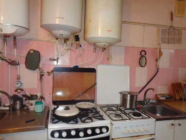 Продам комнату в коммуне на Марсельской.