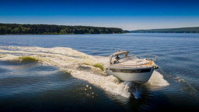 Продам моторную яхту Bavaria 32