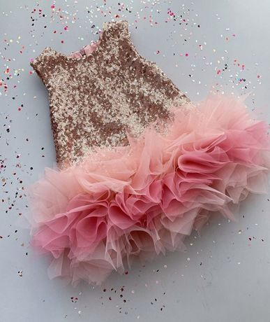 Платье на выпускной красивое пышное пайетка блестящее непревзойденное