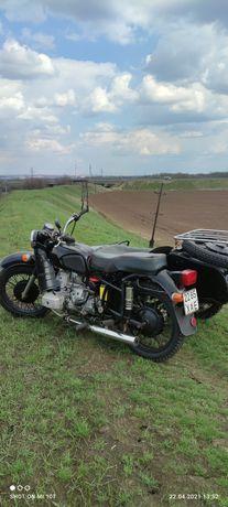 Мотоцикл Днепр 16