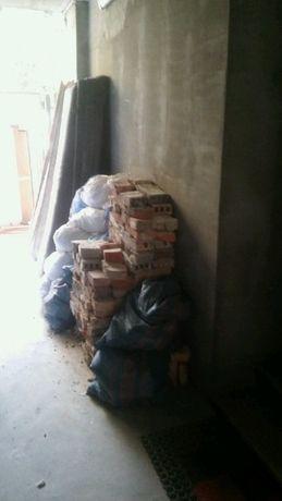 WYWÓZ GRUZU ODPADÓW ŚMIECI w workach - po co big bag-kontener