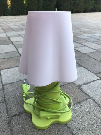 Ikea lampka nocna i 2 krzesełka dla dziecka